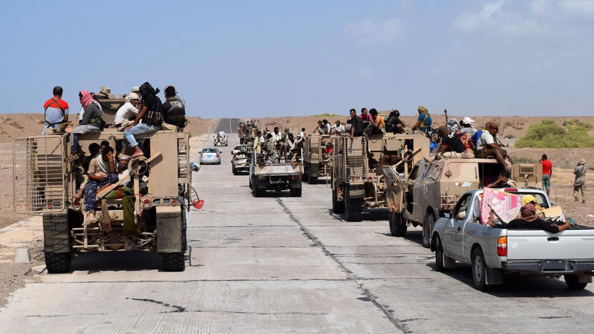 التحالف يدمر مخزن أسلحة للحوثيين في الحديدة