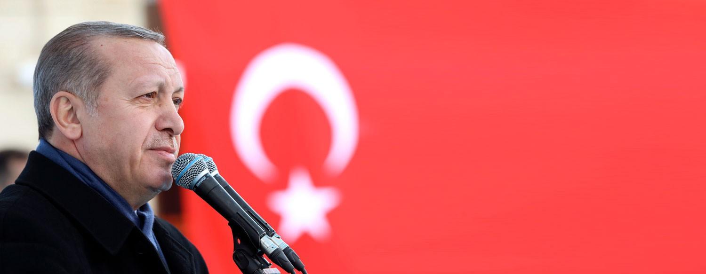 أردوغان متجاهلاً الأزمة: تركيا لا تقف على شفا الإفلاس