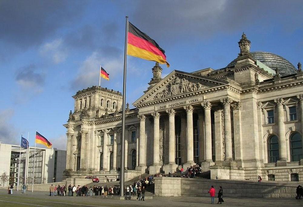 ألمانيا: رسوم ترامب وعقوباته تدمر الوظائف والنمو