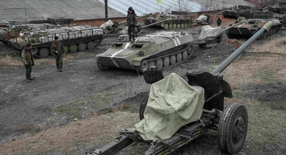 القوات الأوكرانية تعلن عن 57 عملية إطلاق نار على مواقعها في دونباس