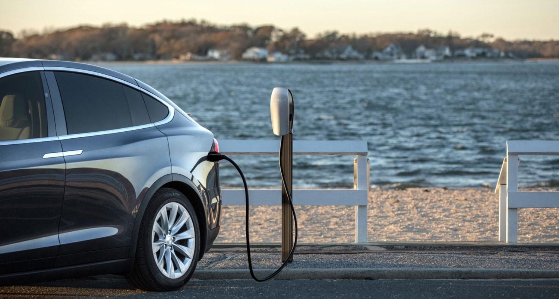 مؤتمر للسيارات الكهربائية تمهيدا لاستخدامها في 2020
