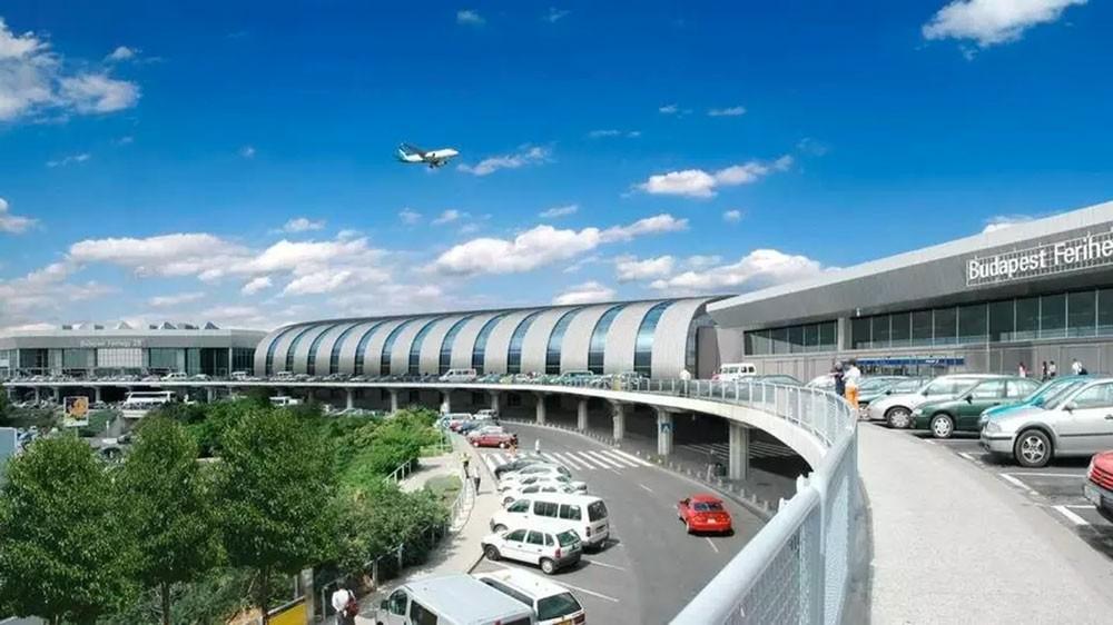إغلاق صالة بمطار بودابست لوجود حاوية ساخنة