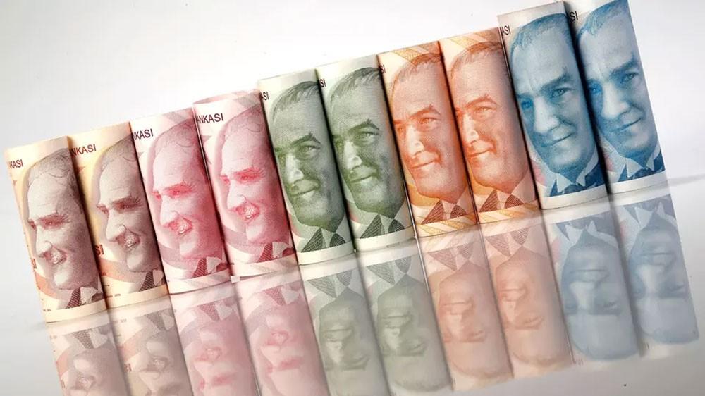 هل تنقذ مليارات قطر الليرة التركية من معاودة الانهيار؟