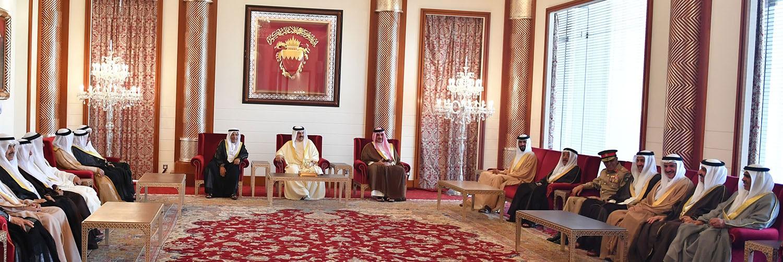 جلالة الملك: يجمعنا مع أهلنا في شبه جزيرة قطر النسب والتاريخ المشترك والهدف الواحد