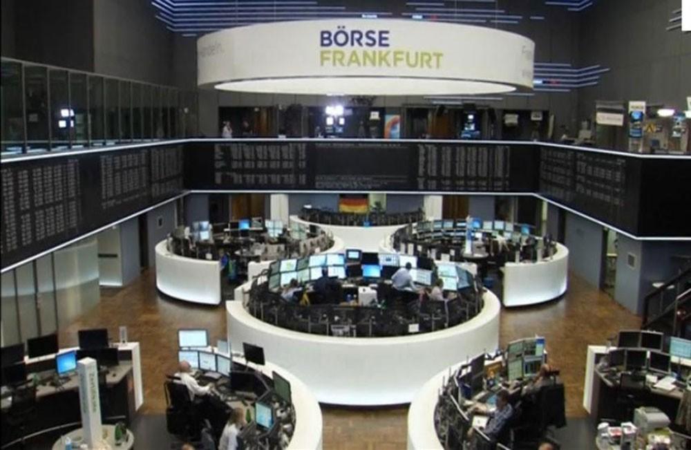 الأسهم الأوروبية تتعافى وأتلانتيا تضغط على البورصة الإيطالية