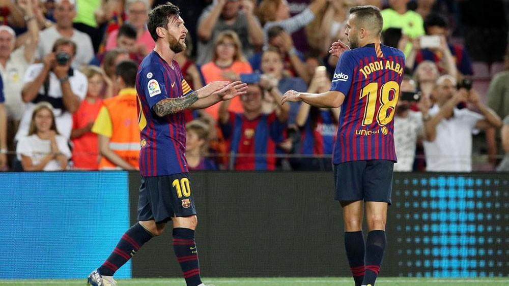 برشلونة يتجاوز ألافيس بثلاثية نظيفة