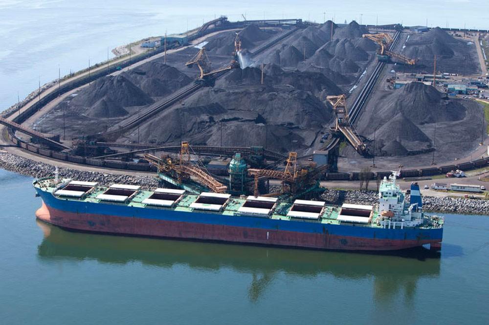 تحويل شحنة فحم أمريكية من الصين إلى كوريا الجنوبية وسط الخلاف التجاري