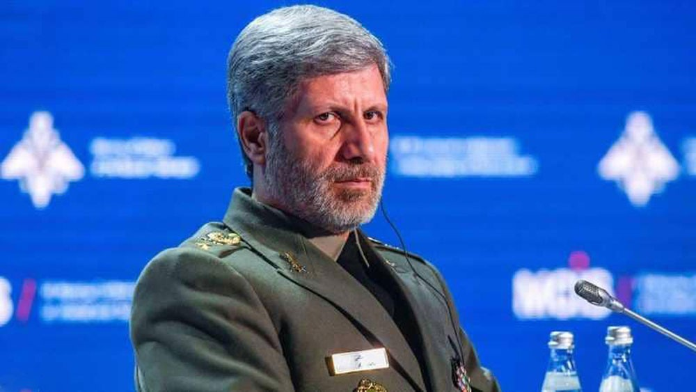 وزير الدفاع الإيراني إلى سوريا
