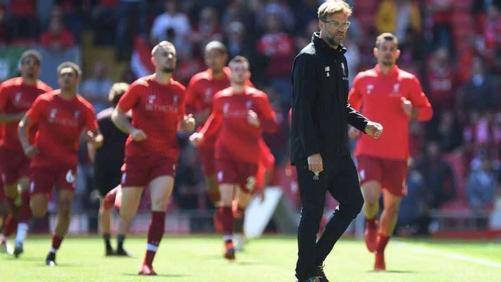 """""""اللاعب الاستثناء"""" في ليفربول ينتظر إشارة كلوب"""