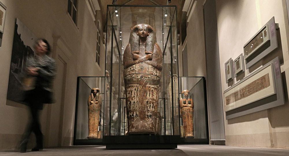 الآثار المصرية تعثر على مقابر بها زخارف لراقصات الفراعنة