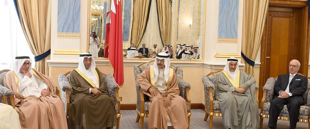 سمو رئيس الوزراء: آل سعود كانوا ولا يزالون سندا وعضدا للامتين العربية والإسلامية