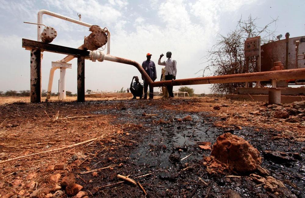 جنوب السودان يستأنف ضخ 20 ألف برميل من حقل نفط متوقف منذ 2013