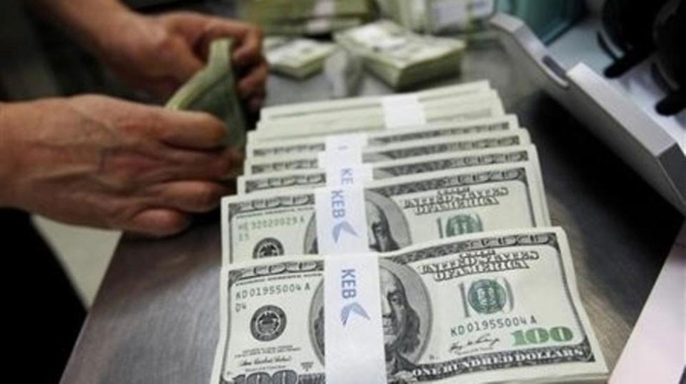 الدولار يتفاعل سلباً مع التوصل لاتفاق تجاري مع المكسيك