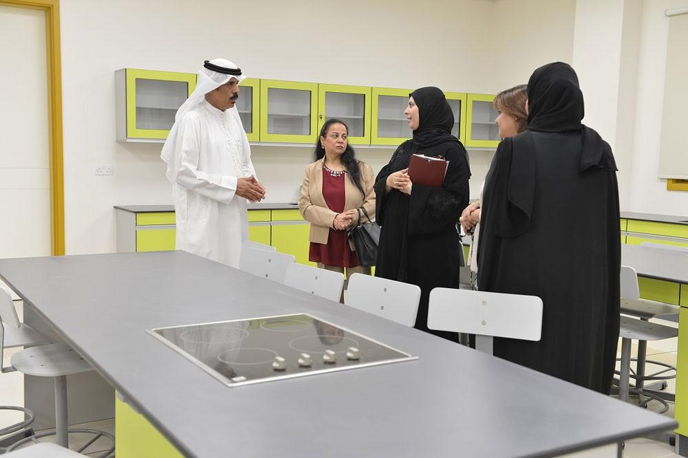 وزير التربية: تشغيل المرحلة الابتدائية في مدرسة البنات بالمالكية