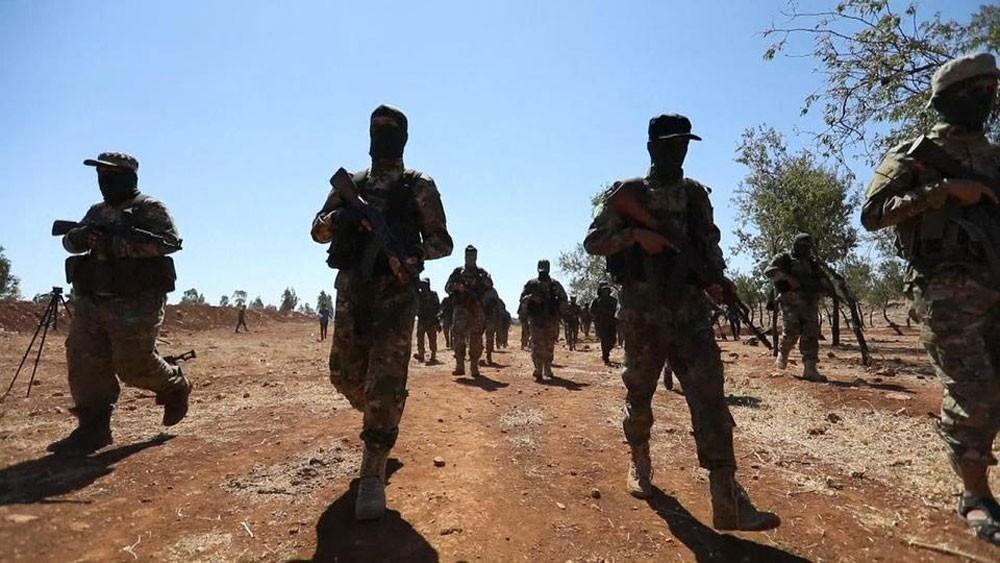 """جهود تركية لحل """"النصرة"""" وإنقاذ إدلب من فك النظام"""