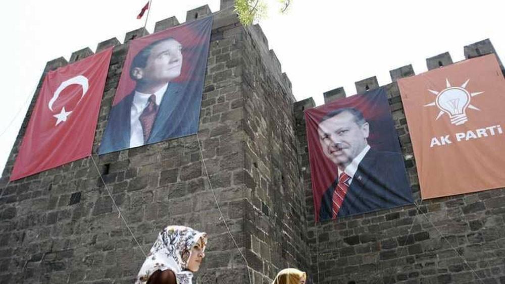 """أردوغان ينافس أتاتورك بقرار """"غير مسبوق"""""""
