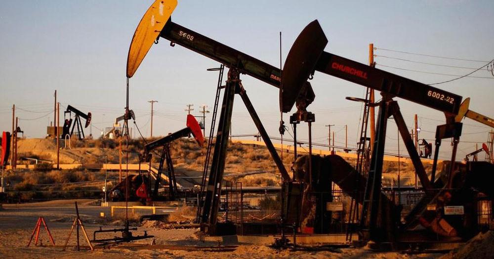 أسعار النفط ترتفع بفعل هبوط في المخزونات الأمريكية وتراجع صادرات إيران