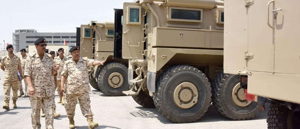 معالي القائد العام لقوة دفاع البحرين يقوم بزيارة تفقدية لعدد من الوحدات