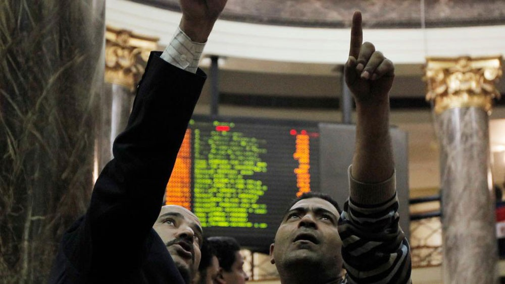 بورصة مصر تكسر مستوى 16 ألف نقطة بعد أسابيع دامية