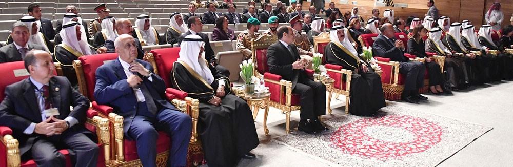 ملك البلاد والرئيس المصري يقومان بزيارة الى متحف البحرين الوطني