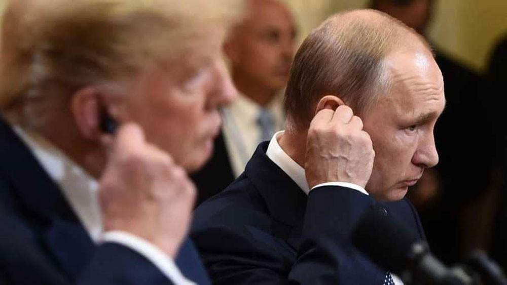 """رغم """"عاصفة هلسنكي"""".. 3 قمم منتظرة بين بوتن وترامب"""