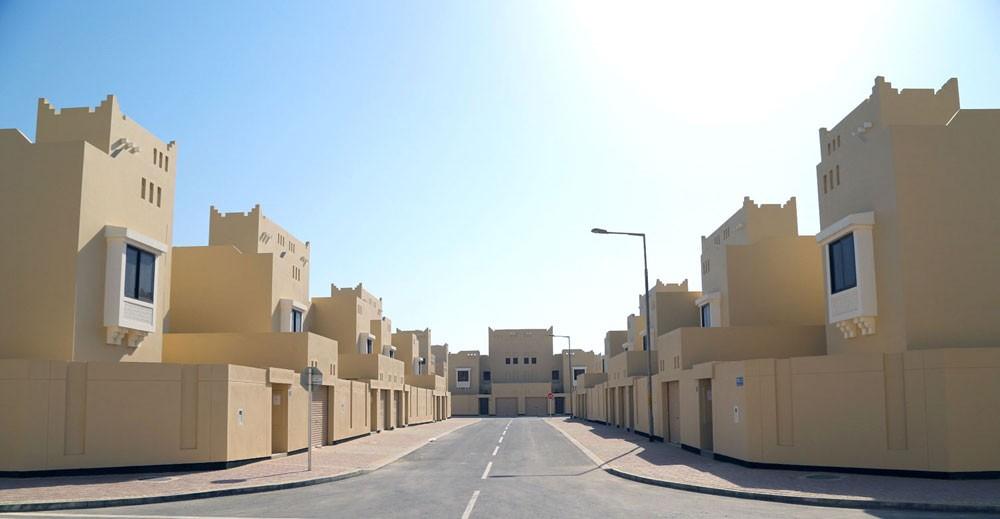 """""""الإسكان"""": توقيع القرارات الوزارية خطوة نهائية لا تستغرق أكثر من يوم واحد"""