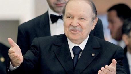 الجزائر: بوتفليقة عاد للوطن بعد فحوصات طبية بسويسرا