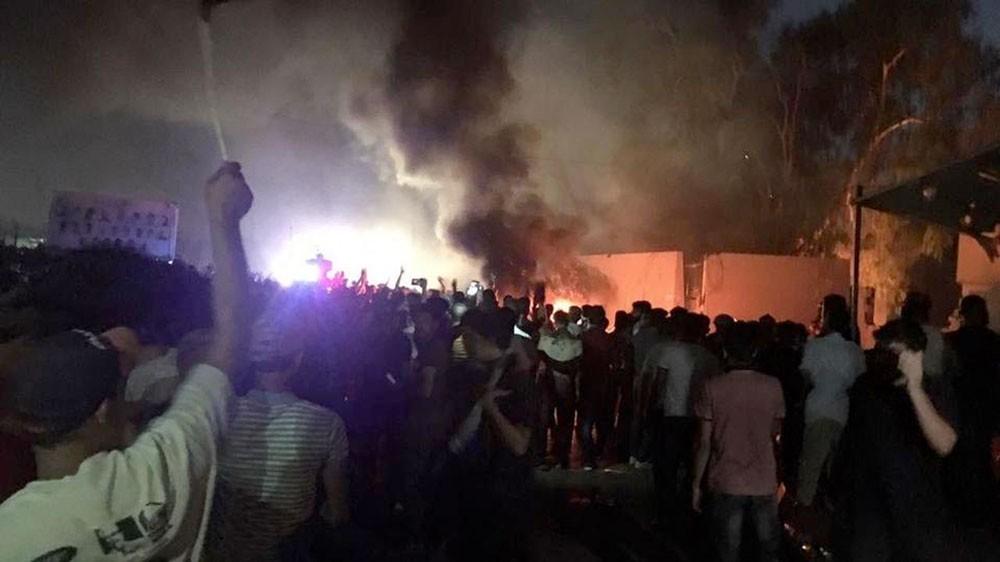 لمواجهة رصاص الجيش العراقي.. عشائر البصرة ترفع السلاح