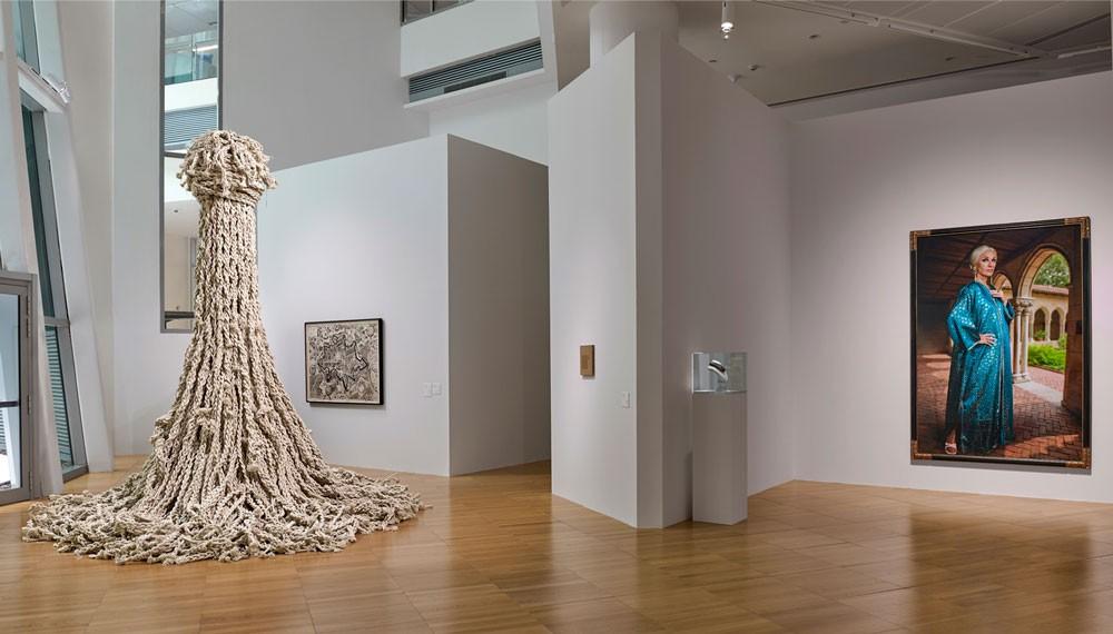 """رواق الفن بجامعة نيويورك أبوظبي يفتتح معرضه الجديد بعنوان """"طرق الإبصار"""""""