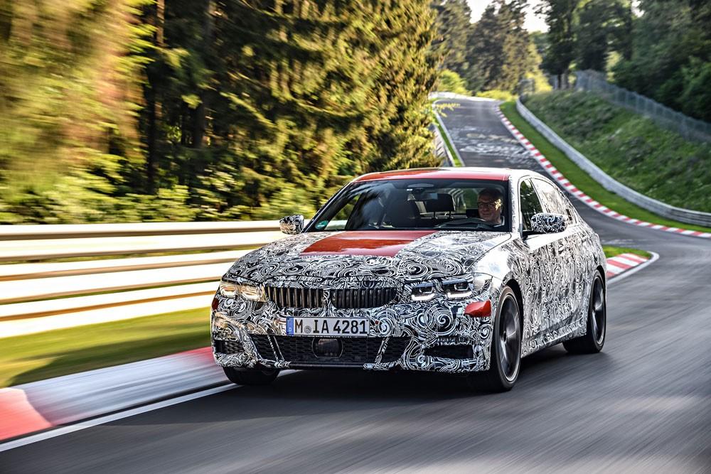 """اختبار تحمّل في """"الجحيم الأخضر"""" لــ BMW الفئة الثالثة الجديدة"""