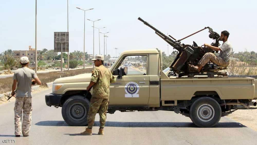 مئات المعتقلين يهربون من سجن بالعاصمة الليبية