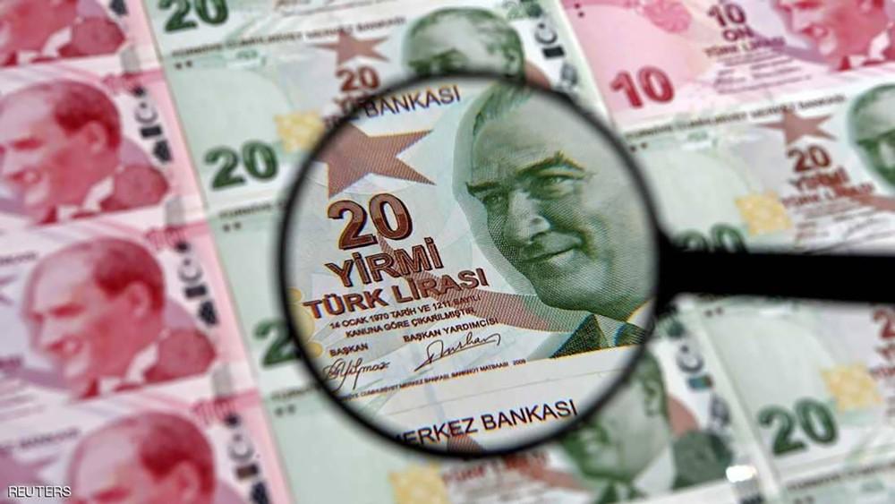 """الليرة التركية على موعد مع """"عاصفة جديدة"""""""