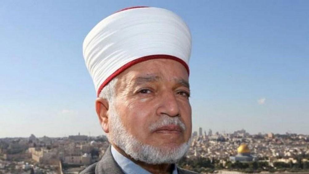 مفتي القدس يؤكد تحريم التعويض عن أي جزء من أرض فلسطين المغتصبة