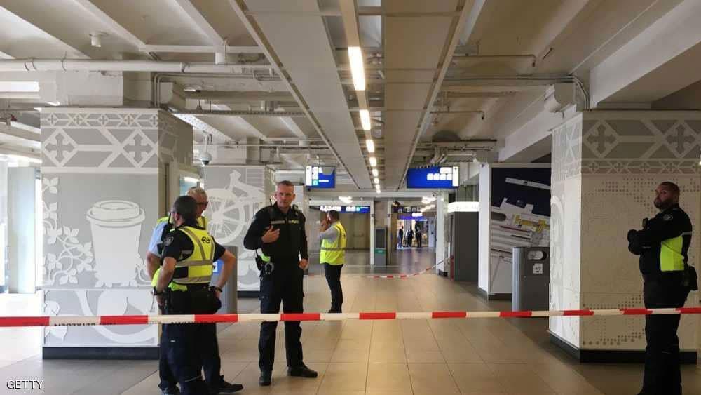 منفذ هجوم الطعن في هولندا : إساءات فيلدرز هي السبب