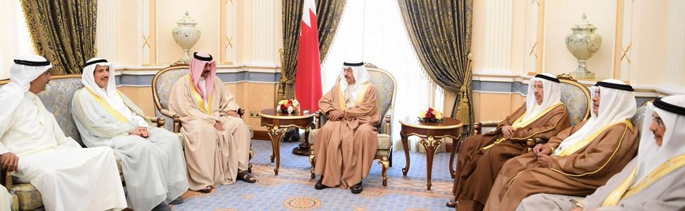 سمو رئيس الوزراء يستقبل وكيل وزارة الداخلية المساعد بالكويت