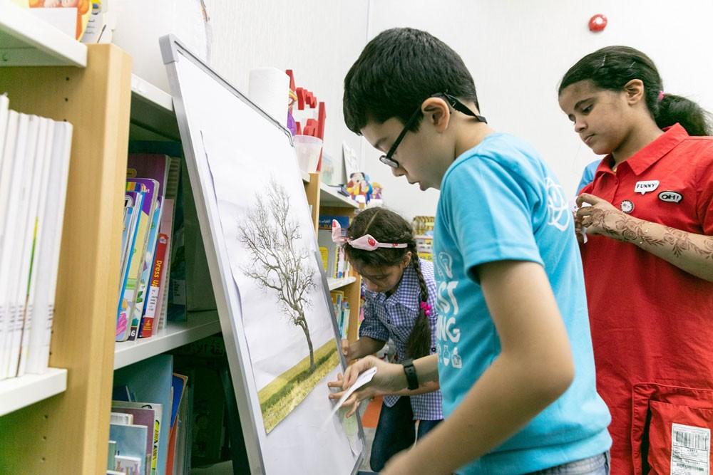 """دائرة الثقافة والسياحة – أبوظبي تختتم فعاليات البرنامج الصيفي """"حول العالم"""""""