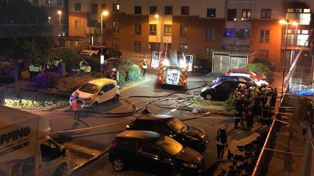 مقتل امرأة في حريق بمنازل متلاصقة شرق لندن