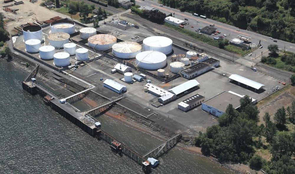 مخزونات النفط الأمريكية تهبط بأكثر من المتوقع الأسبوع الماضي