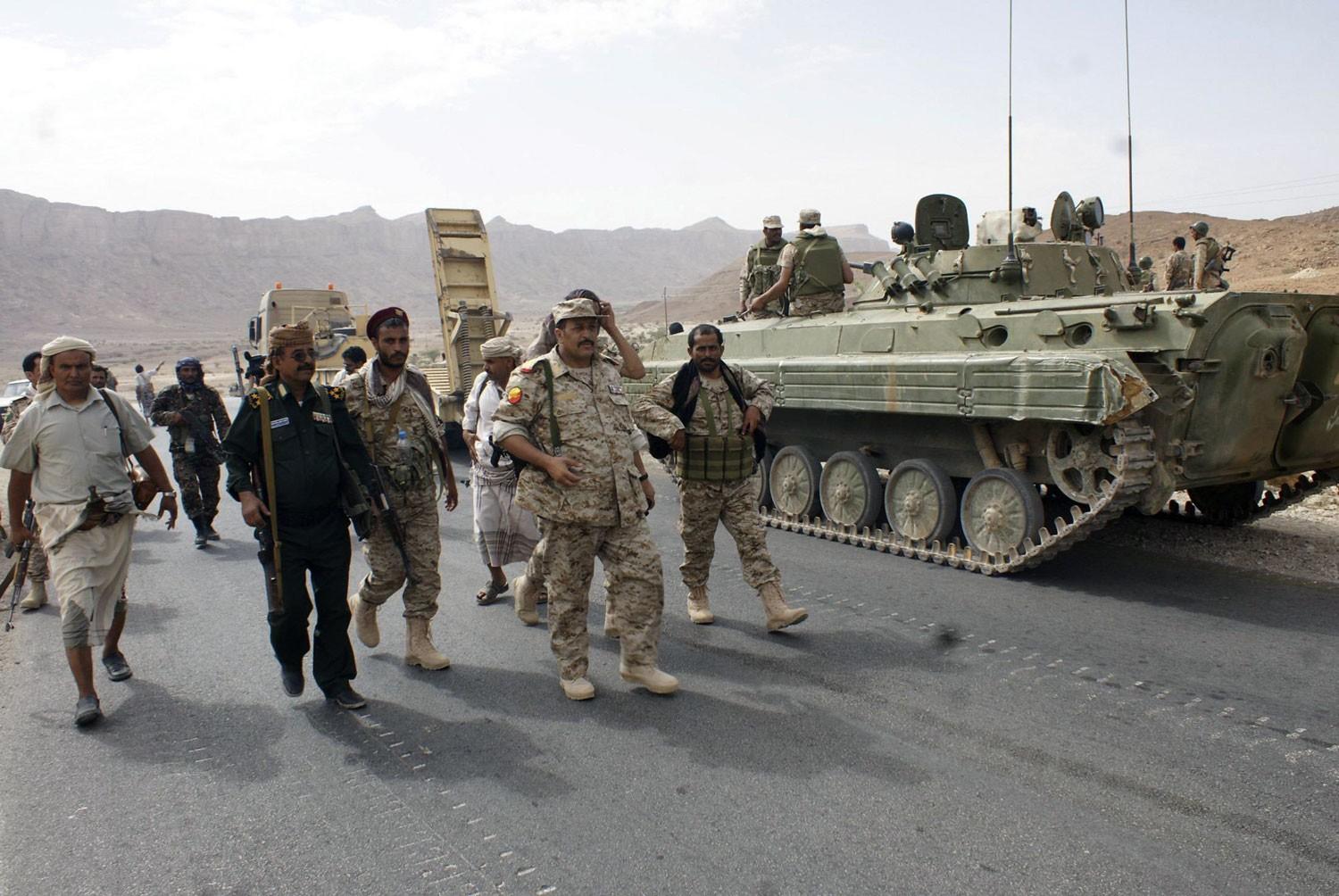 الجيش اليمني يعثر على مخزن أسلحة في باقم بصعدة