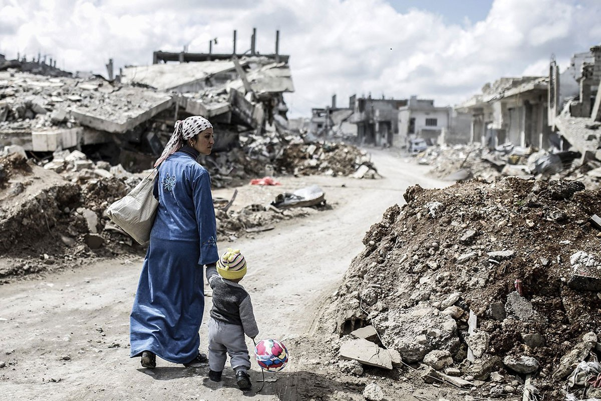 إدلب تحت القصف أثناء قمة روسية تركية إيرانية بطهران
