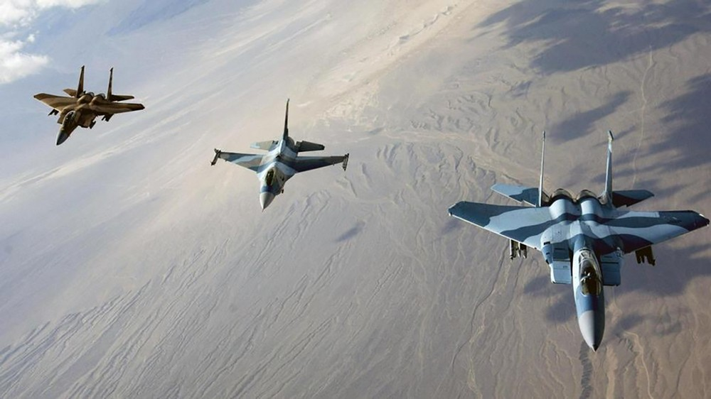 مناورات عسكرية في التنف لتعزيز قدرات التحالف ضد داعش