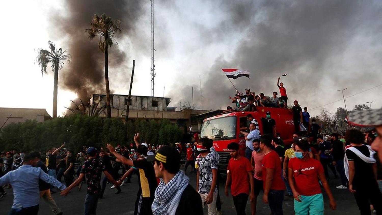 استهداف مطار البصرة بـ4 قذائف صاروخية