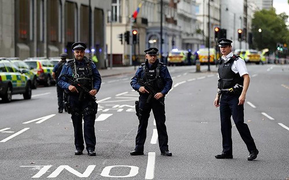 """الشرطة: نتعامل مع """"حادث كبير"""" شمال إنجلترا"""