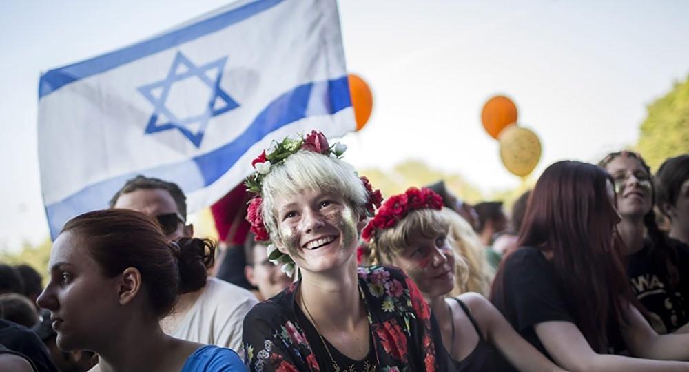 """100 فنان عالمي يقاطعون مهرجان """"الأغنية الأوروبية"""" في إسرائيل"""