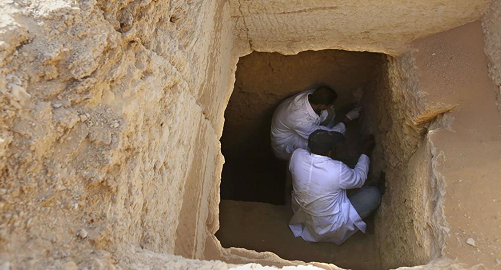 """بعد 87 سنة... """"الآثار"""" المصرية تفتح مقبرة """"محو"""" وتكشف أسرارها"""