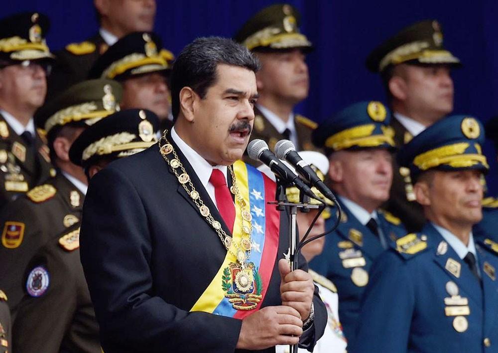 هل خططت واشنطن لانقلاب عسكري في فنزويلا؟