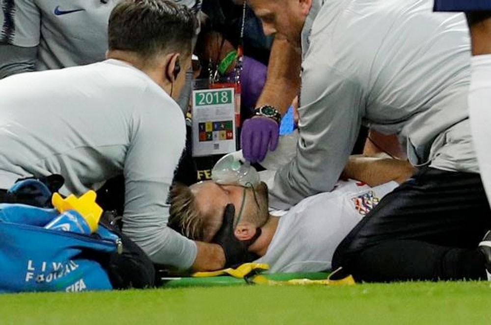 """لوك شو يؤكد أنه """"بخير"""" بعد إصابته بالرأس"""
