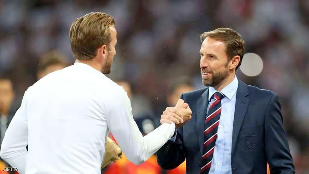 """رغم """"السقطة الثالثة"""".. مدرب إنجلترا متمسك بخطته"""