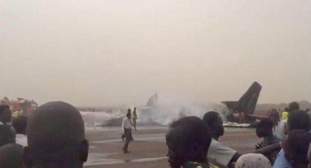مصرع 19 شخصا ونجاة 3 في تحطم طائرة ركاب بجنوب السودان