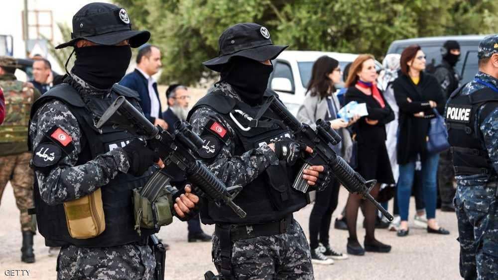 السجون والجبال الجنوبية بتونس.. حيث يفقس الإرهاب بيضه